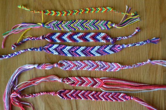 DIY-friendship-bracelets-2.jpg